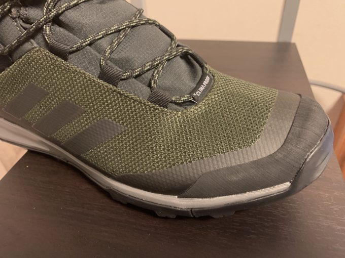 adidas-terrex-tivid-mid-winter-cp-review-water-resistant
